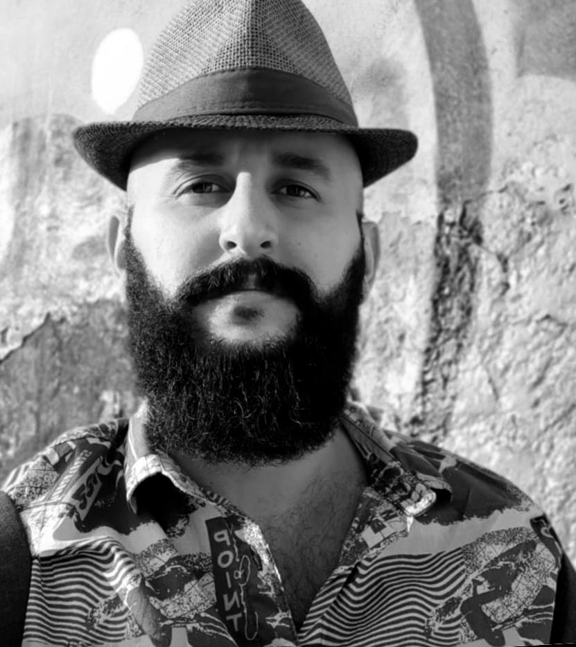 Darwin Fornés Báez. Diseñador cubano. Retrato.