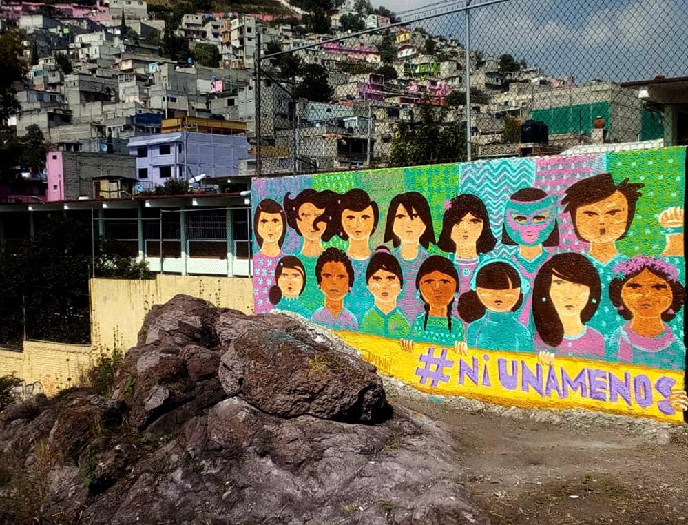 Darwin Fornés Báez. Diseñador cubano. Mural #niunamenos