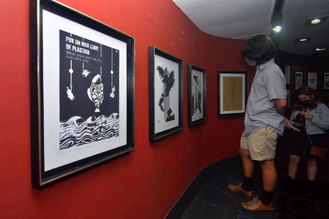 Inauguración de la exposición carteristas cubanos por el futuro.