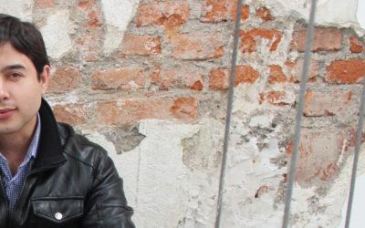 El diseñador cubano Erick Ginard, jurado en concurso internacional